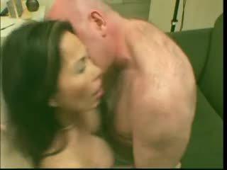 Seksi zreli prasica azijke lai loves to v globoko