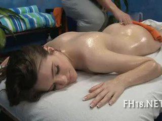 Sexy quente miúda fucks e sucks