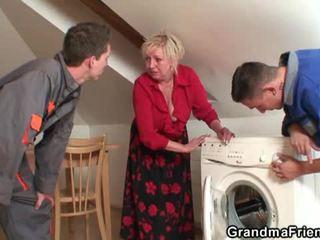 Vana widow services two repairmen