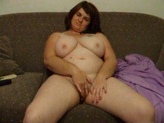 Montel isteri joanne rubs faraj pada sofa