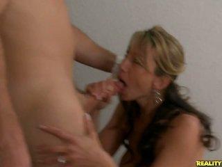 brunette, schattig, meest neuken porno