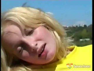 heetste blondjes scène, speelgoed, vol seks in de buitenlucht kanaal