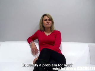 Чешка недосвідчена матуся gets load для рот