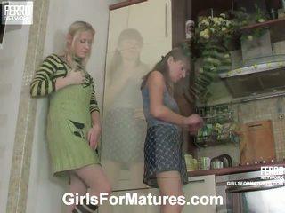 Madge un jess pussyloving māte uz process