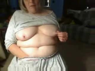 Kinky bestemor spiller fitte