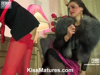 ładny hardcore sex, seks lesbijski, zabawa lesbijka online