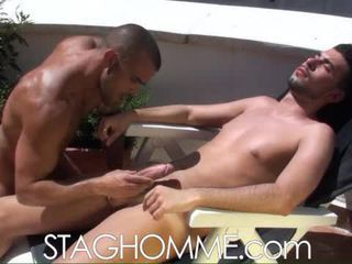 Heat Stroke. Muscle Boys Gets A Oral Job Job