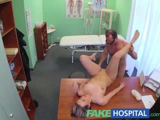 Fakehospital 新 醫生 gets 角質 媽媽我喜歡操 裸 和 濕 同 desire