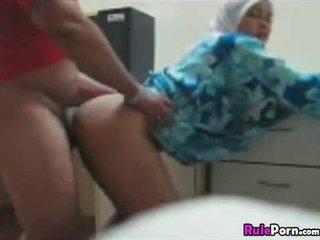Arab cô gái fucked lược từ phía sau