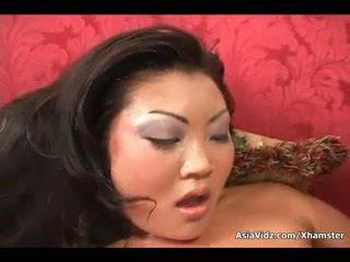 Umazano azijke cipa suck in vožnja anally a debeli črno kurac