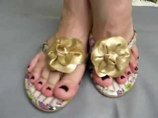 Foot fetish sexy small feet in flip flops