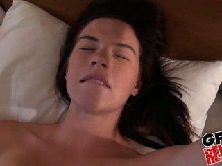 brunette gepost, heetste coed porno, controleren college meisje neuken