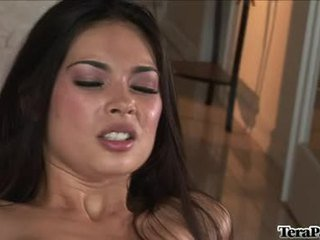 Holly Sweetheart TEra Patrick Widens Her Twat Wide Enough For A Better PLeasure