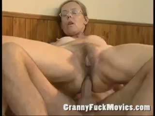 Xưa bà nội fucked lược cứng trong cô ấy tóc rậm ass
