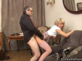 Seks lesson me i eksituar mësues