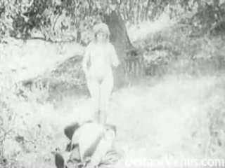 Piss: antik porn 1915 - egy ingyenes lovaglás