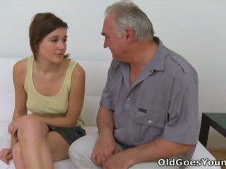 tiener sex neuken, hardcore sex, plezier blow job gepost