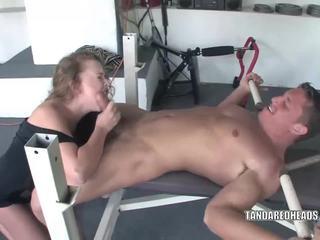 Slutty redhead Leighlani is sucking cock