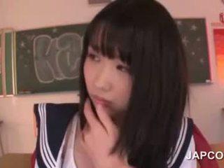 Delicate 亚洲人 学校 娃娃 性交 由 她的 老师