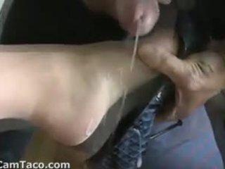 Fille gets shoe cummed sur