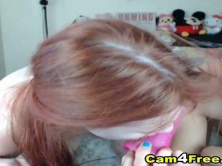 Asyano at redhead lesbiyan action