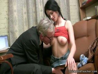 Ruuvi teinit seksi kovacorea
