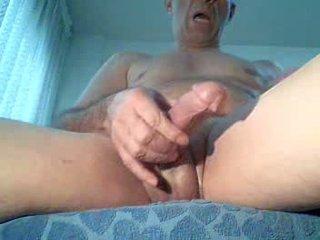 Spycam masturbates צופה פורנוגרפיה, extrem אורגזמה!