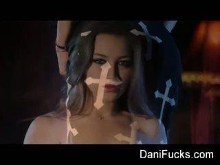 Dani daniels: gothic 吸血鬼 layer smokey solo バイ dani daniels.