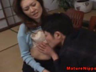 Reif asiatisch gets sie haarig box licked