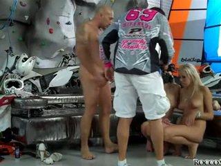 lepo blow službo, najbolj vroča groupsex, vse busty blonde katya preveri