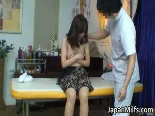 Extremely nadržený japonská milfs sání