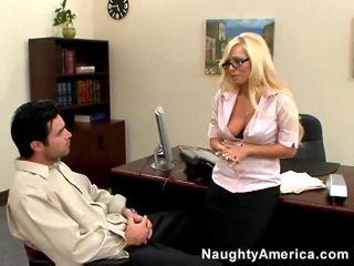 Juvenile và sừng sluts