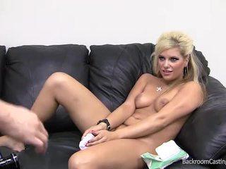 gieten, anaal, vol anale creampie porno