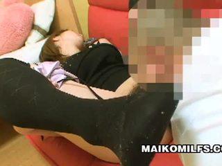 Japanese chick rina tachikawa in hairy vibrator fuck