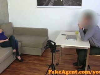 FakeAgent Surprise Creampie for sexy blonde in Casting