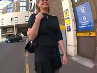 Coralie ranskalainen läkkäämpi sisään sukkahousut, anaali perseestä