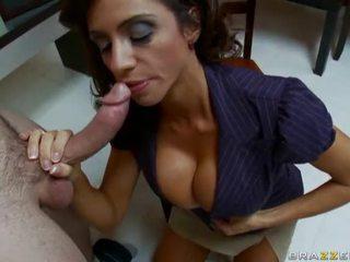nice brunette, blowjobs ideal, best blow job