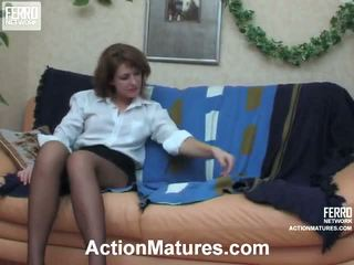 виждам mature porn, live sex young and older, ви older and yuong sex pics нов