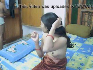 لا صوت: hindi56