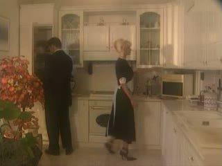 Anita блондин трахкав в the kichen відео