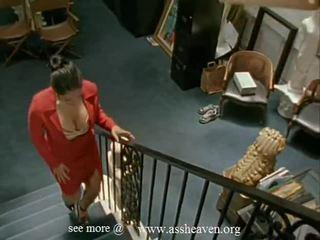 Nina mercedez sekretaris