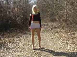 crossdresser video-, vers solo, heet buiten-