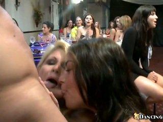 brunette film, nieuw realiteit neuken, kijken pijpbeurt porno