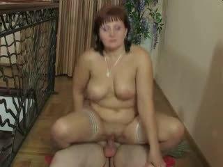 Rusa madura mamá y su chico! amateur!