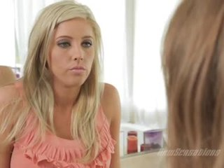 Sizzling lezbo faye reagan feels hawt y sexually excited con su hawt ally indoor