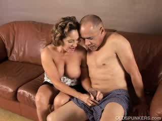hot cougar clip, free old, grandma video