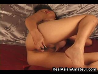 Charming Asian Amateur Naked Dildoing