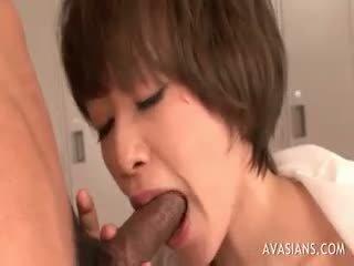 brunette thumbnail, online pijpbeurt kanaal, cumshot scène