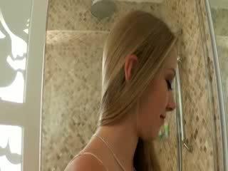 Tanpa payu dara chested si rambut perang cutie exgirlfriend tries daripada kasar dubur seks
