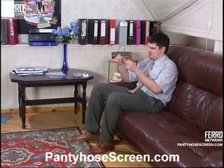 Rosa i adam videotaped whilst pantyhosing